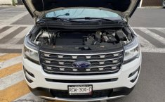 Ford EXPLORER XLT-2