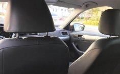 Volkswagen Jetta Sportline 2016 en buena condicción-2