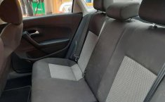 Se vende urgemente Volkswagen Vento Comfortline 2019 en Iztapalapa-10