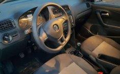 Se vende urgemente Volkswagen Vento Comfortline 2020 en Iztapalapa-3