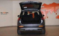 Volkswagen Tiguan 2019 5p Confortline L4/1.4/T Aut-15