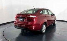 Se pone en venta Ford Fiesta 2015-8