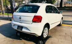 Se vende urgemente Volkswagen Gol Trendline 2017 en Guadalajara-2