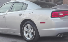 DODGE Charger IMPECABLE-1