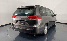 Se vende urgemente Toyota Sienna 2013 en Cuauhtémoc-9
