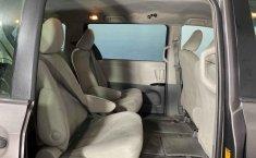 Se vende urgemente Toyota Sienna 2013 en Cuauhtémoc-7