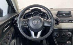 Pongo a la venta cuanto antes posible un Toyota Yaris en excelente condicción-10