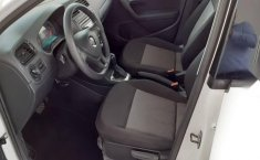 Volkswagen Vento 2020 1.6 Starline At-18