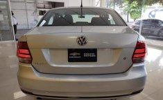 Pongo a la venta cuanto antes posible un Volkswagen Vento en excelente condicción-13