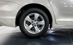 Toyota Sienna 2015 en buena condicción-29