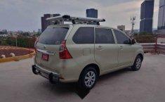 Toyota Avanza 2017 5p Premium L4/1.5 Aut-12
