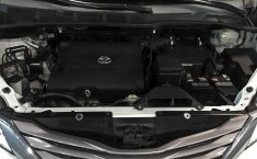 Toyota Sienna 2015 en buena condicción-24