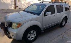 Nissan Pathfinder 2006 en buena condicción-7