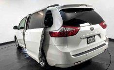 Toyota Sienna 2015 en buena condicción-23