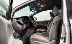 Toyota Sienna 2015 en buena condicción-17
