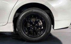 Pongo a la venta cuanto antes posible un Toyota Prius en excelente condicción-12