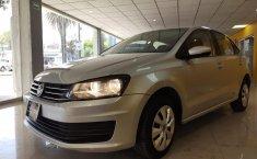 Pongo a la venta cuanto antes posible un Volkswagen Vento en excelente condicción-4