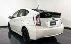 Pongo a la venta cuanto antes posible un Toyota Prius en excelente condicción-8
