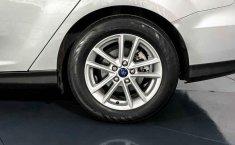Pongo a la venta cuanto antes posible un Ford Focus en excelente condicción-4
