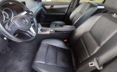 Auto Chrysler C 200 2013 de único dueño en buen estado-1