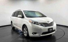 Toyota Sienna 2015 en buena condicción-6