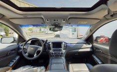 Chevrolet Suburban 2019 5p LT V8/5.3 Aut Piel 2-9