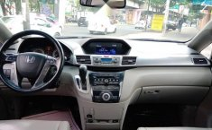 Se pone en venta Honda Odyssey Touring 2012-12
