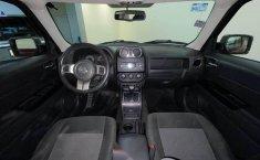 Pongo a la venta cuanto antes posible un Jeep Patriot en excelente condicción-8