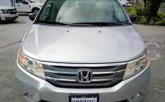 Se pone en venta Honda Odyssey Touring 2012-9