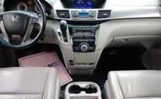 Se pone en venta Honda Odyssey Touring 2012-5