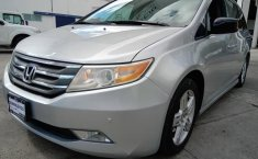 Se pone en venta Honda Odyssey Touring 2012-4