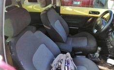 Se pone en venta Volkswagen Beetle 2010-1