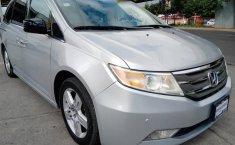 Se pone en venta Honda Odyssey Touring 2012-1