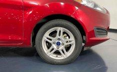 Auto Ford Fiesta 2018 de único dueño en buen estado-21