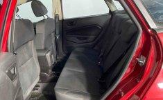Auto Ford Fiesta 2018 de único dueño en buen estado-19
