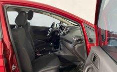 Auto Ford Fiesta 2018 de único dueño en buen estado-10