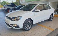 Volkswagen Vento Comfortline 2020 en buena condicción-14