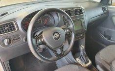 Volkswagen Vento Comfortline 2020 en buena condicción-10