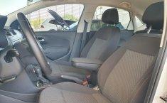 Volkswagen Vento Comfortline 2020 en buena condicción-9