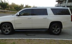 Chevrolet Suburban LTZ 4x4 2015 impecable en Monterrey-9