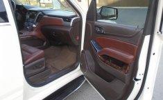 Chevrolet Suburban LTZ 4x4 2015 impecable en Monterrey-8
