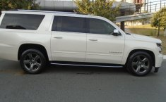 Chevrolet Suburban LTZ 4x4 2015 impecable en Monterrey-1
