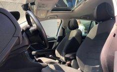 Auto Volkswagen Golf 2020 de único dueño en buen estado-6