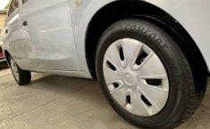 Attitude sedan automático factura original nuevo-15
