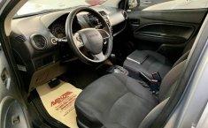 Attitude sedan automático factura original nuevo-6
