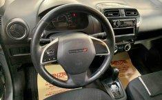 Attitude sedan automático factura original nuevo-2
