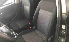 Volkswagen Polo 2015 en buena condicción-15