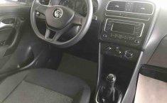 Volkswagen Polo 2015 en buena condicción-13