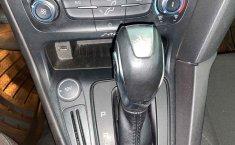 Pongo a la venta cuanto antes posible un Ford Focus en excelente condicción-23