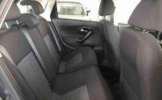 Volkswagen Polo 2015 en buena condicción-7